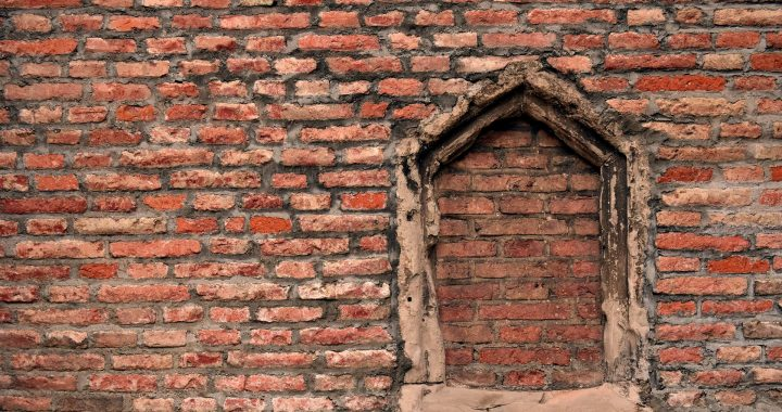 wall-3013323_1920