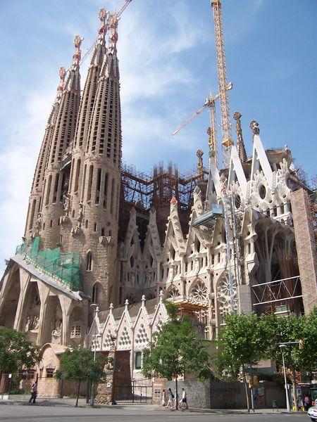 450px-050529_Barcelona_026